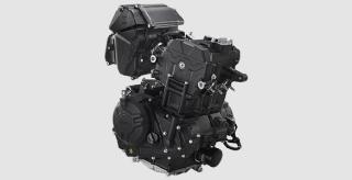 250CC POWERFULL ENGINE Mesin 250cc, 2 Cylinder, DOHC, 8 Katup, dan radiator yang menghasilkan tenaga besar dan akselerasi responsif.