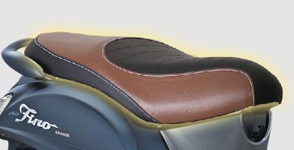 STYLISH DOUBLE SEAT Jok dengan desain berkelas untuk memberikan kenyamanan saat berkendara