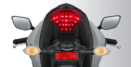 SUPER SPORT LED TAIL LIGHT Lampu belakang Full LED yang modern dan Sporty, terinspirasi dari YZF-R1. Pertama di Kelasnya.